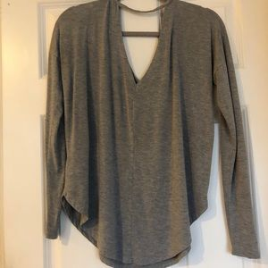 Luxe Luxueux V Neck Yoga Tee  Size S
